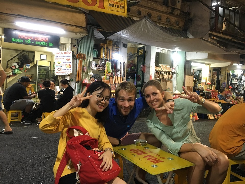 Hanoi street food tour with my lovely German tourists - onetripwithlocal.com