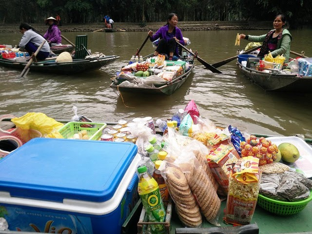 After more than an hour of sailing at Tam Coc, walkers almost seek local fruits or water which is the most selected item